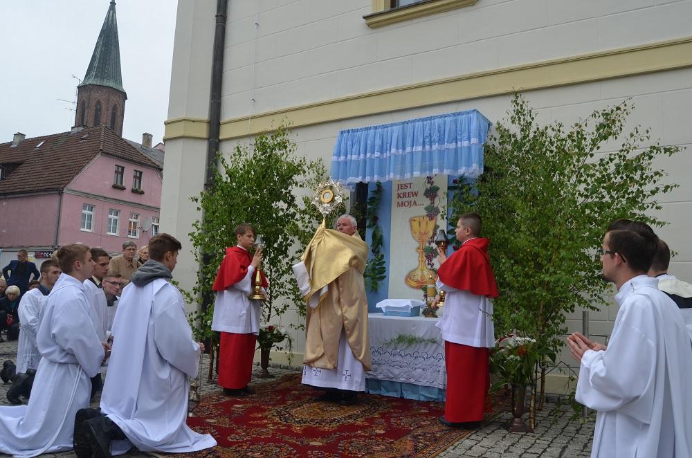 Parafia Podwyższenia Krzyża świętego W Sulechowie